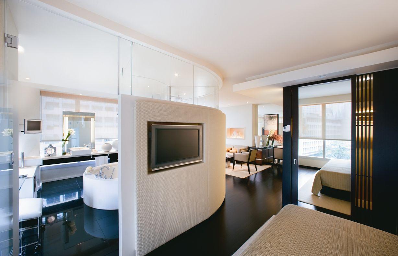 The Landmark Mandarin Oriental Hotel Hong Kong L600 suite