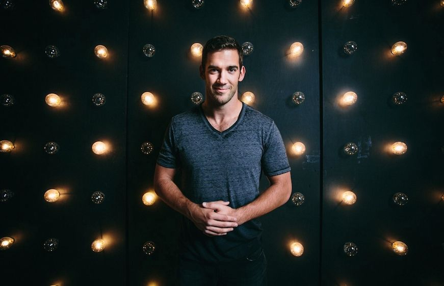 Lewis Howes who has written an inspirational book called The School of Greatness