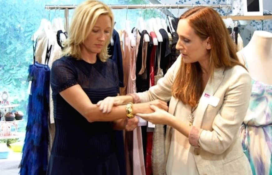 The personal stylist Julia Blank working with a client in Singapore